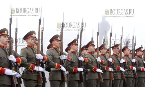 25 ноября, Велико Тырново, празднования по случаю 138-й годовщины со дня создания Национального военного университета имени Васила Левского