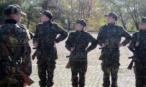 4 ноября 2016 года, Плевен, центр начальной армейской подготовки воинской части 22 160 - болгарские граждане из резерва проходят обучение военным специальностям