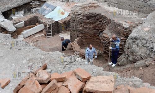 4 ноября 2016 года, Пловдив, в городе болгарские археологи нашли хорошо сохранившиеся остатки древнеримской бани