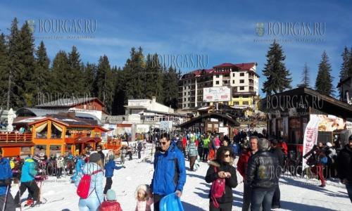 10 декабря, в Пампорово и Мечи чал открыли зимний курортный сезон