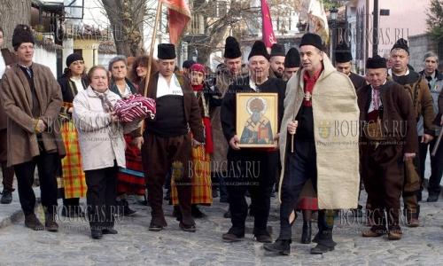 11 декабря, Пловдив, мастера народных ремесел собрались в день Святого Спиридона