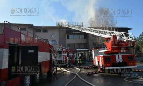20 декабря, Благоевград, местные пожарные тушили пожар в гостиничном комплексе Орбита