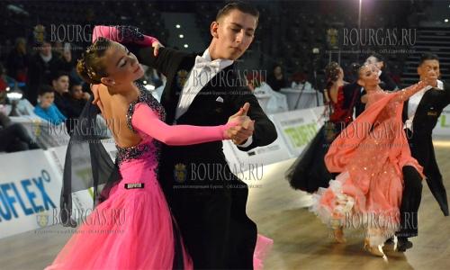 """5 декабря, Русе, в залe """"Булстрад Арена"""" состоялся международный турнир по спортивным бальным танцам, в котором приняли участие более 400 танцевальных пар"""