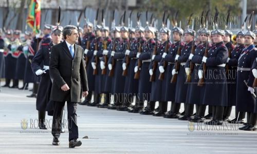 7 декабря, София, президент Болгарии - Росен Плевнелиев, посетил одну из частей Национальной гвардии Болгарии