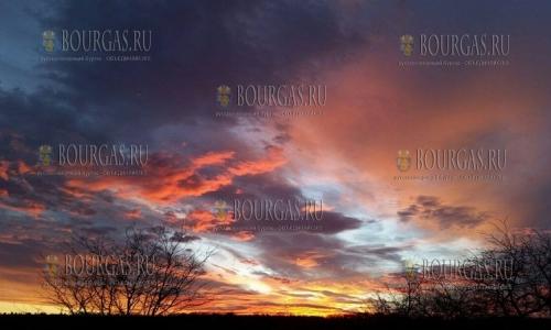 9 декабря, закат в Варне (фото Peter Iliev)