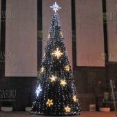 главная елка Велико Тырново 2016 год