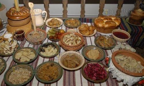 Праздничный Рождественский стол в Болгарии