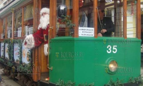 Рождественский трамвай в Софии
