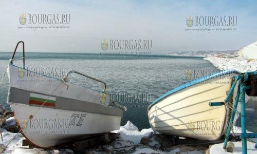 12 января 2017 года, Каварна, и здесь море частично замерзло