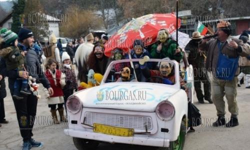2 января 2017 года, в село Брежани в общине Симитли, традиционный праздник - Сурва 2017