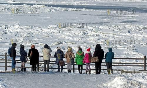 21 января 2017 года, Силистра, Дунай в районе города практически полностью замерз