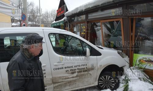 23 января 2017 года, в Русе автомобиль потерял управление и въехал в маленький ресторанчик, обошлось без жертв
