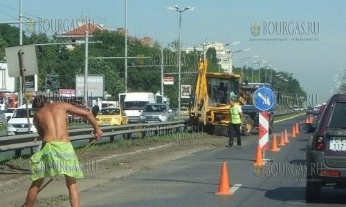 Снег и морозы уничтожают дороги Болгарии