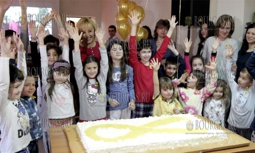 15 февраля 2017 года, по поводу 15 февраля, Международного дня детей, больных раком, объединение Дети с онкогематологическими заболеваниями