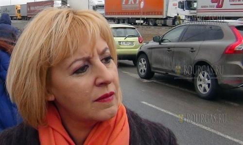9 февраля 2017 года, пункт перехода - Капитан Андреево, здесь побывала омбудсмен Болгарии - Майя Манолова, которая посмотрела в каких условиях сутками стоят дальнобойщики