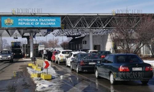 Греки в Болгарию едут за покупками