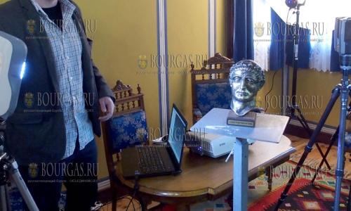 21 марта 2017 года, Пловдив, в рамках проекта -Оцифрованное культурно-историческое наследие муниципалитета Пловдива, здесь оцифровывают произведения искусства и артефакты