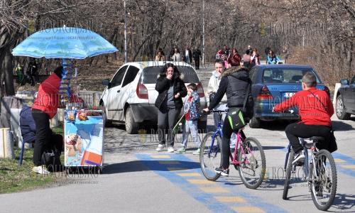 5 марта 2017 года, Хасково, в прошедший уик-энд многие горожане отдыхали на природе
