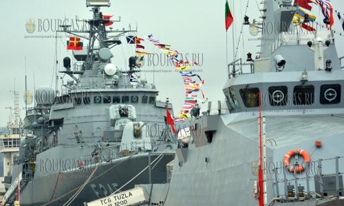 4 апреля 2017 года, Варна, в порт Варны зашли два боевых турецких судна, которые участвуют в военных учениях - Морская звезда