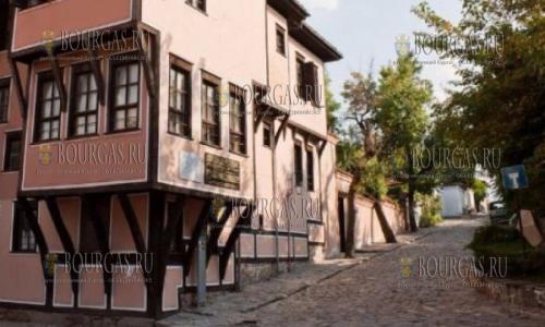 Старый Пловдив закроют для проезда авто