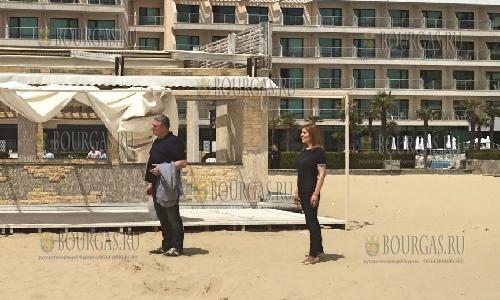 Николина Ангелкова ведет бой с незаконными постройками на Солнечном Берегу