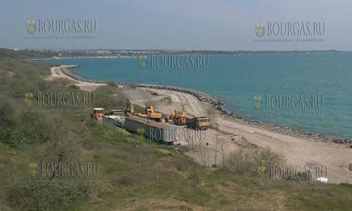 работы по укреплению береговых сооружений, некоторые из которых являются частью велодорожки из Бургаса в Сарафово