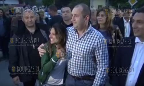 Президента Болгарии Румена Радева не узнают в собственной стране