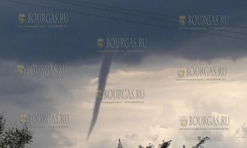 Очередной торнадо в Болгарии
