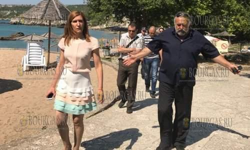 Николина Ангелкова инспектирует пляжи Северного Приченоморья