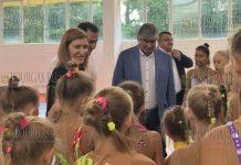 Николина Ангелкова проинспектировала детские лагеря в Приморско и Китене