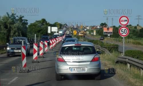 Автострада Тракия на участке Бургас-Ветрен на ремонте