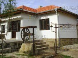 дома в болгарских селах простые, надежные и недорогие