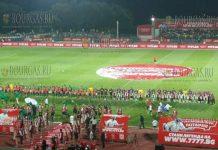 Футболист Христо Стоичков привез в Стара-Загора большой футбол