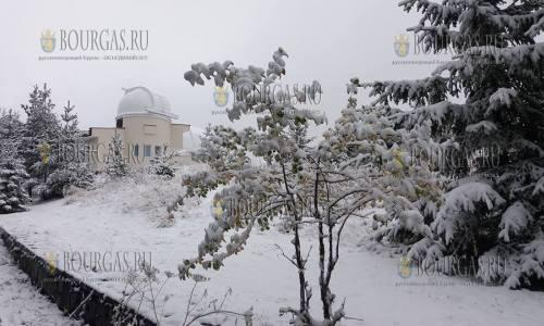 На горнолыжном курорте Пампорово в Болгарии 28.10.2017 выпал первый снег