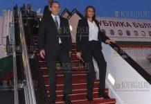 Президент Болгарии Румен Радев вместе со своей супругой Десиславой Радевой прибыл в Азербаджан