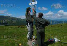 в Болгарии волонтеры обновили маркировку 40 маршрутов