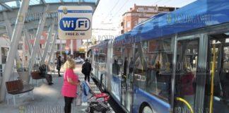 На остановках муниципального транспорта в Бургасе заработает бесплатный WiFi интернет