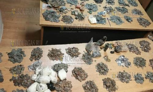 Более 11 000 старинных монет хотели провезти через болгаро-турецкую границу