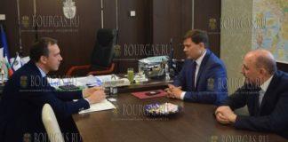 в Бургасе мэр Вологды - Сергей Воропанов и мэр Бургаса Димитр Николов
