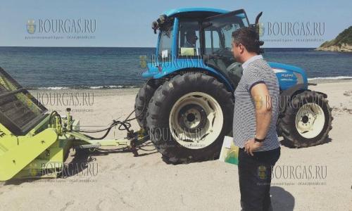 в северной части курорта в Царево в Болгарии почистили Попский пляж