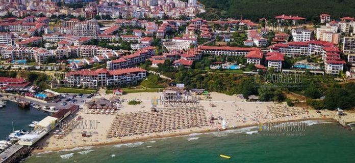 Новый пляж или Ночной пляж или Venid Beach на курорте Святой Влас