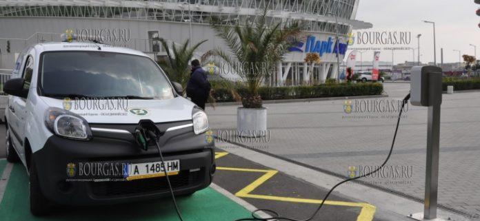 станция зарядки электромобилей у спортивного комплекса Парк Арена ОЗК в Бургасе