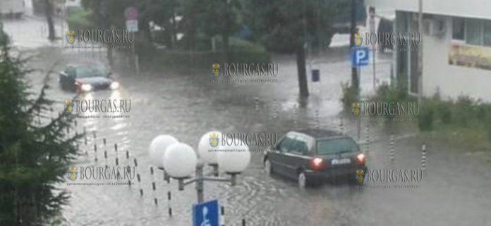 улицы Поморие после ливней 1-го октября 2018 года