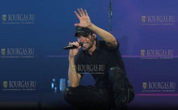 Энрике Иглесиас отработал феноменальный концерт в Софии