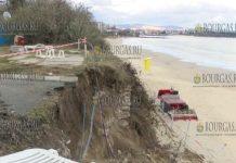 Оползень на набережной приморского курорта Равда декабря 2018 года