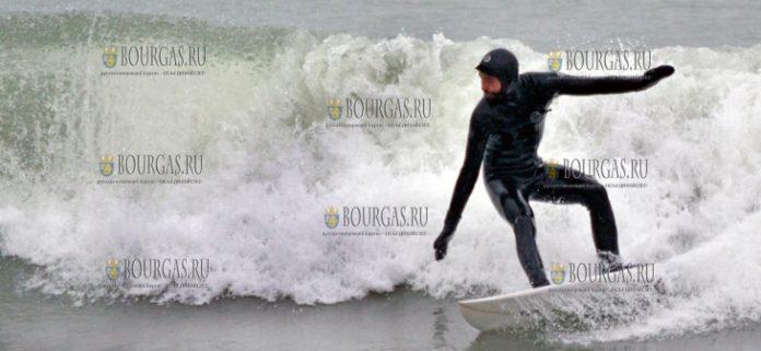 серфингисты в Варне