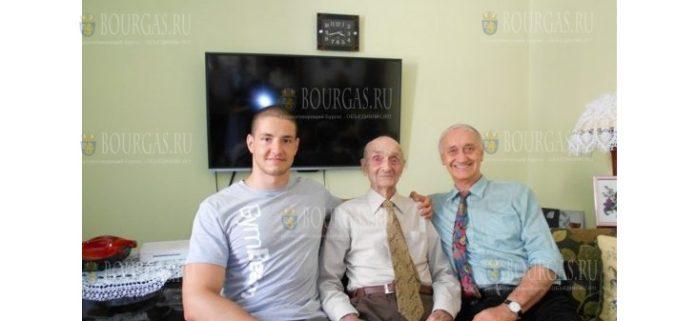 В Болгарии ветеран Второй мировой войны отметил свое 100-летие