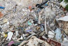 Волонтеры чистят пляжи в Бургасской области