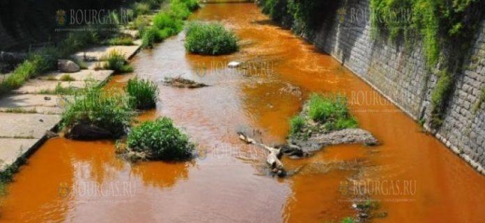 Наблюдается загрязнение реки Струма в районе Перника