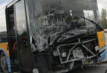 В Софии троллейбус врезался в столб, есть пострадавшие